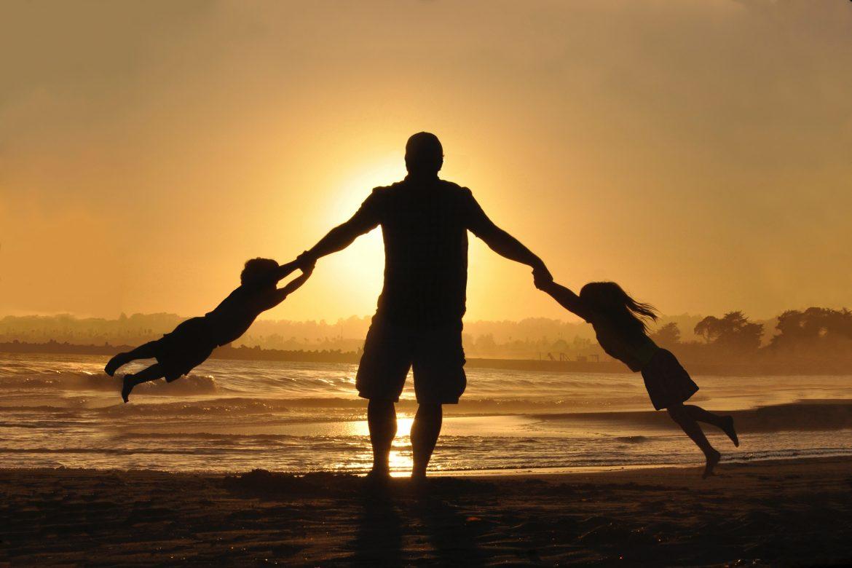 kim dla dziecka jest tata?