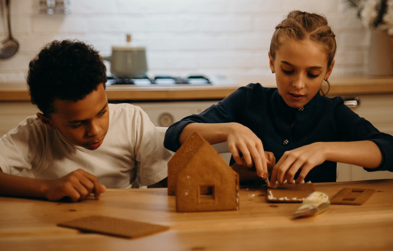 jak zaangażować dzieci w pomoce domowe?