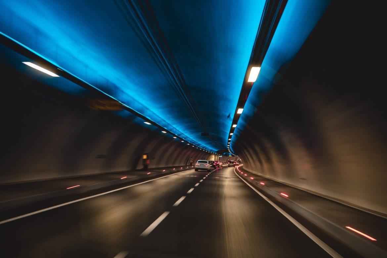 Historia budowy tunelu pod kanałem La Manche