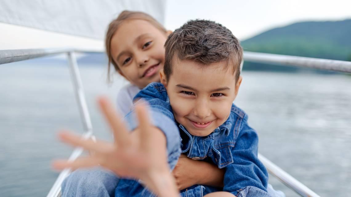 jak podróżować z dziećmi